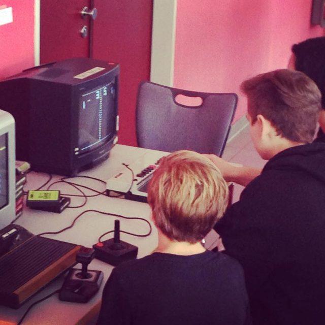 Hei begehrt heute beim Potsdamer ElternMedienTag pem17 das Retro Gaminghellip
